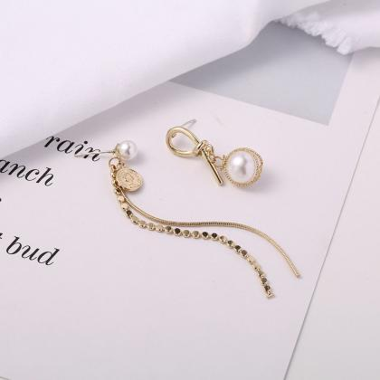 Dangle Pearl Earrings | Mismatch Pe..