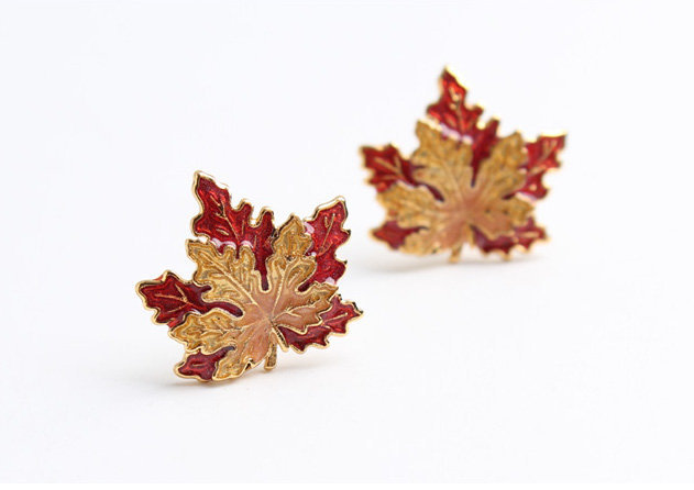 Maple Leaf Stud Earrings | Handmade Earrings | Autumn Maple Leaf Earrings | Leaf Stud Earrings | Tiny Leaf Earrings | Red Leaf Earring |