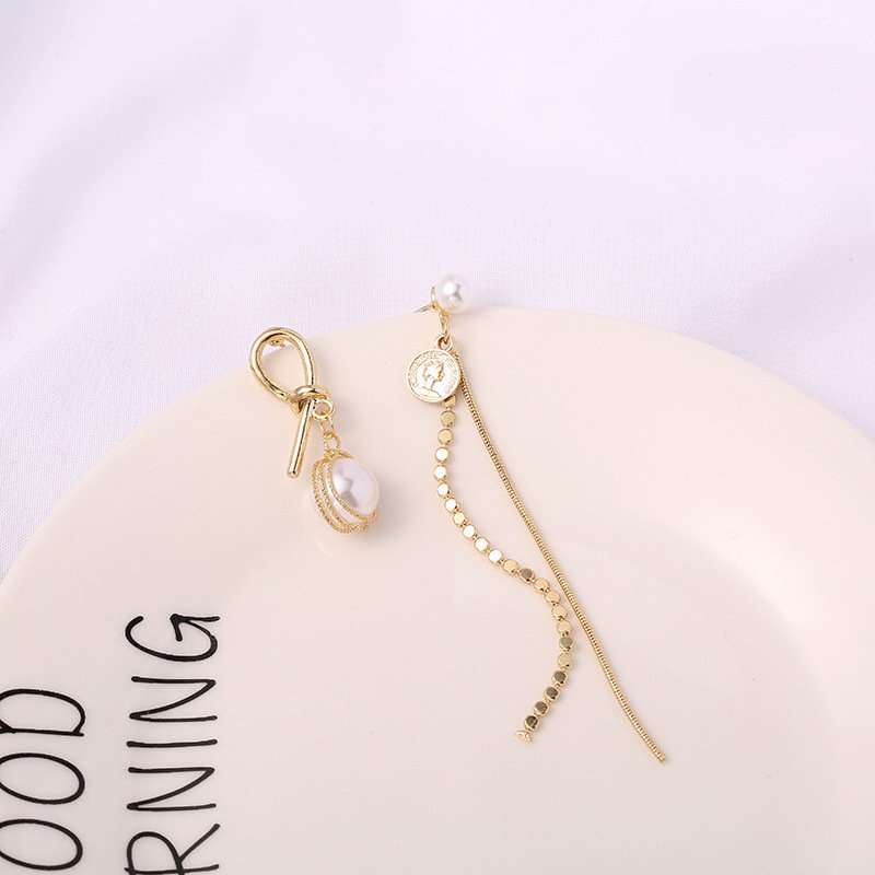 Dangle Pearl Earrings | Mismatch Pearl Drop Earrings | Korean Earrings | Gold Dangle Geometric Earrings | Cute Earrings | Christmas